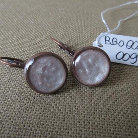 Boucles d'oreilles dormeuses décor résine BBO002009