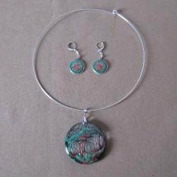 Parure boucles d'oreilles dormeuses argentées et pendentif collection Minimonde en résine et peintures spéciales (BPA005001)