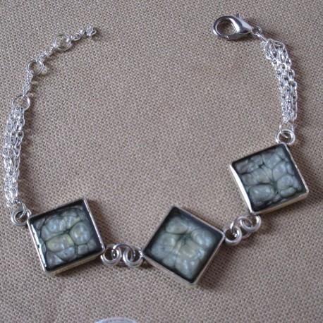 Bracelet artisanal trois éléments résine sur chaîne trois rangs montée main anneaux soudés BBR003002