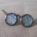 Boucles d'oreilles dormeuses décor résine