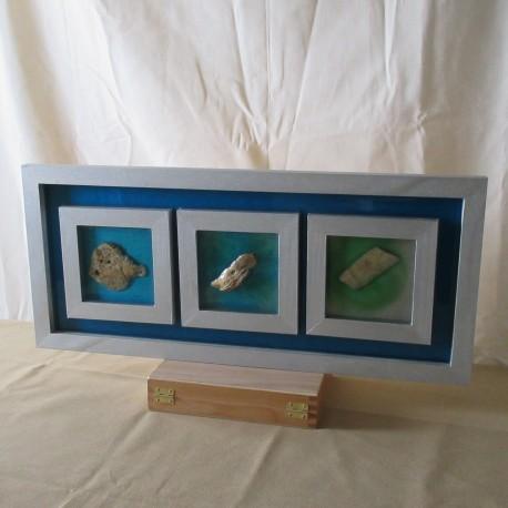 Tableau décoratif inclusions résine cadre bois naturel (TAB004001)