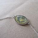 Bracelet artisanal résine sur chaîne montée main anneaux soudés BBR001001
