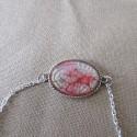Bracelet artisanal résine sur chaîne montée main anneaux soudés BBR001003