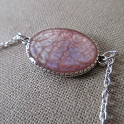 Bracelet artisanal résine sur chaîne montée main anneaux soudés BBR001009